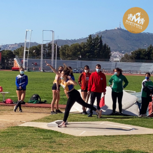 Nou rècord del club en llançament de pes per a Alicia Garcia